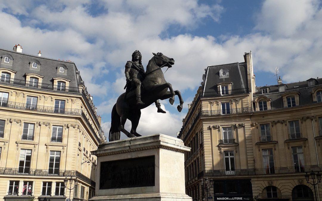 Place des Victoires, Statue de Louis XIV